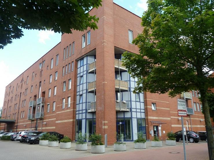 Einzelhandel oder Dienstleistung im Wohngebiet mit 37 Stellplätzen - Gewerbeimmobilie mieten - Bild 1