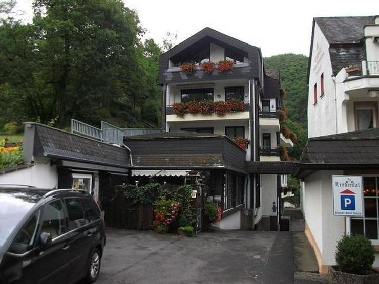 Bild 1: 172qm große Wohneinheit - Aufteilung in 2 Wohnung und 1 Appartment.