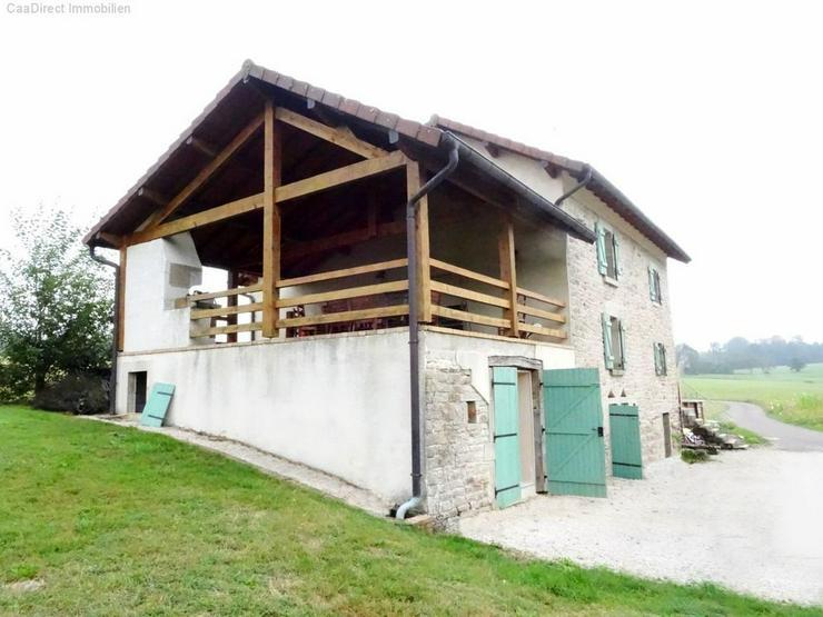 Bild 6: Bauernhaus mit 4 Hektar Umschwung u. Teich - 95 km von Basel