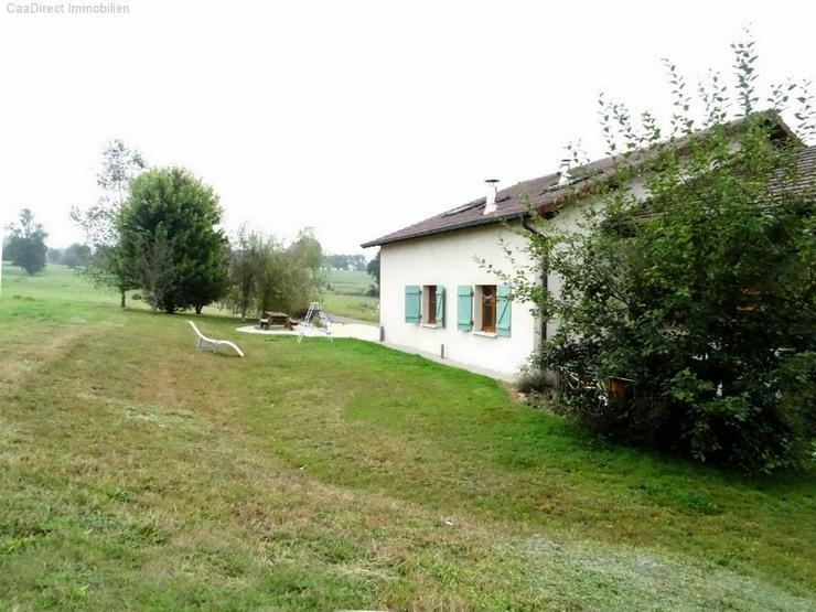 Bild 5: Bauernhaus mit 4 Hektar Umschwung u. Teich - 95 km von Basel