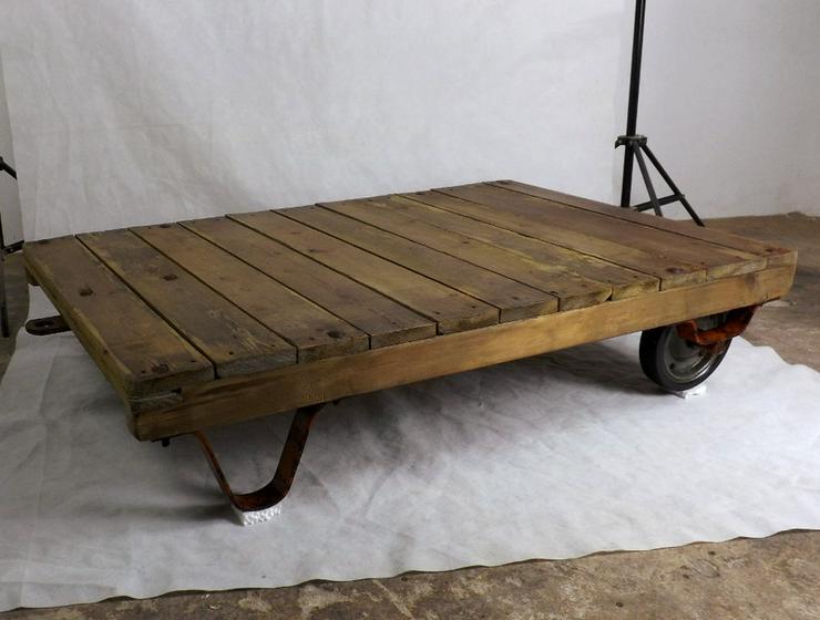 Bild 8: Couchtisch Loft Rollpalette Palettenrollwagen