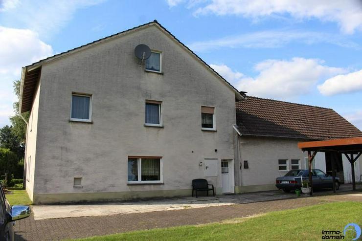 Bild 3: Einfamilienhaus mit Scheune, Carport und großem Reitplatz im Außenbereich von Paderborn ...