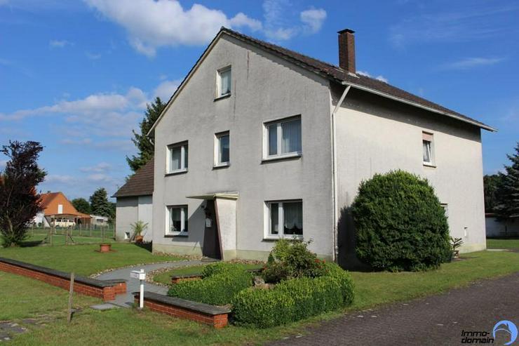 Einfamilienhaus mit Scheune, Carport und großem Reitplatz im Außenbereich von Paderborn ... - Haus kaufen - Bild 1