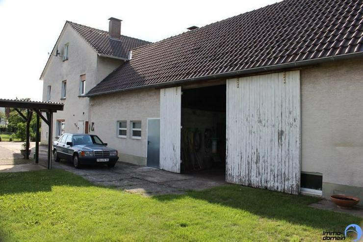 Bild 4: Einfamilienhaus mit Scheune, Carport und großem Reitplatz im Außenbereich von Paderborn ...