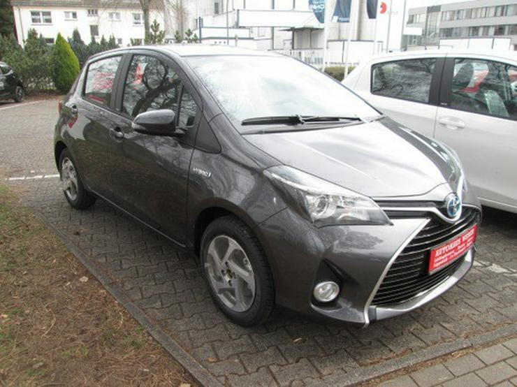 Bild 2: Toyota Yaris 1,5 Hybrid  Edition S