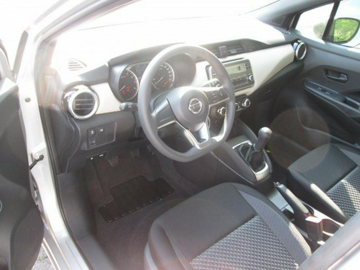 Bild 6: Nissan Micra Visia  Audio-Paket