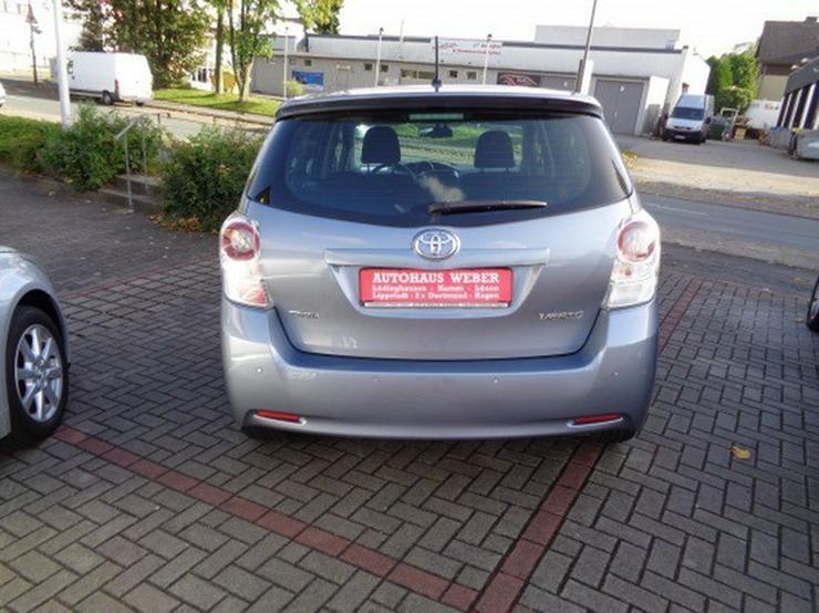 Bild 5: Toyota Verso 2.2l D-4D  Automatik Executive