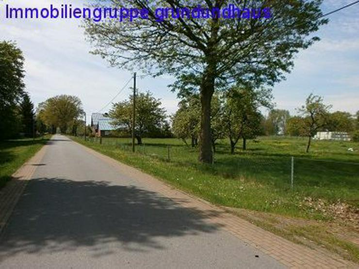 mit Vorbescheid ! Erbbaurecht, 189,95EUR mtl.: idyllischer Bauplatz zwischen Müritz und P...