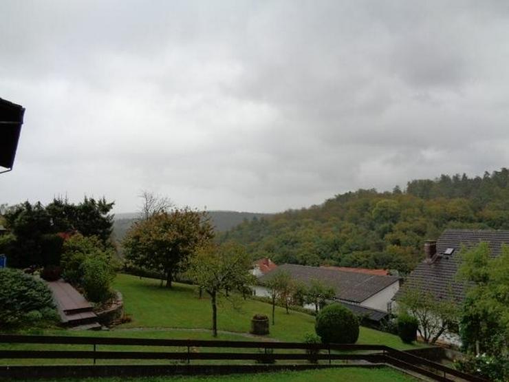 Bild 2: Fünf-Familienhaus mit großem Grundstück und Scheunen ideal für Anleger - von Schlapp I...