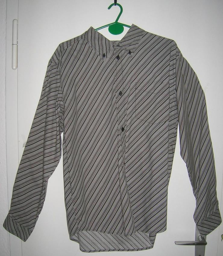 Schwarzes Hemd OVERGAME