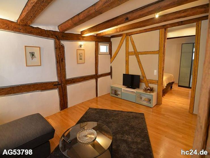 ***sehr schöne renovierte Wohnung in Denkmalgeschütztem Haus, voll möbliert - Wohnen auf Zeit - Bild 1
