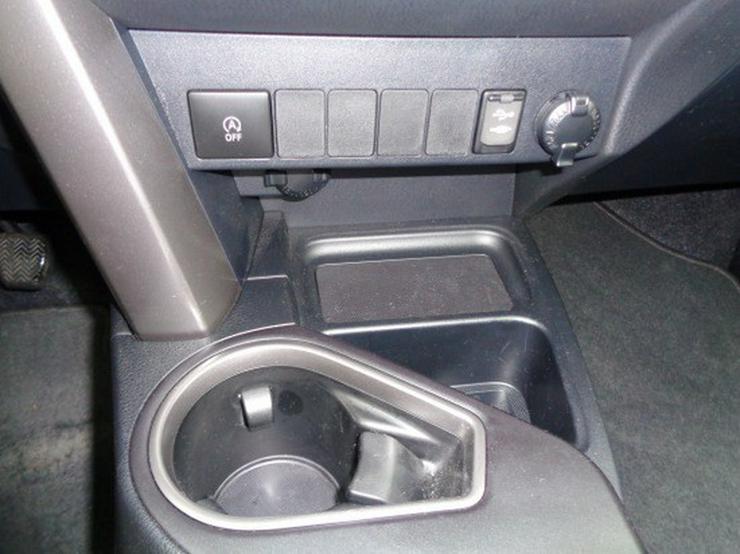 Bild 13: Toyota RAV4 2.0 D-4D Edition S 4x2  mit Navigation