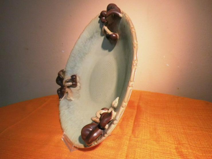 Bild 4: Große Obstschale aus Keramik, Motiv Kirschen /