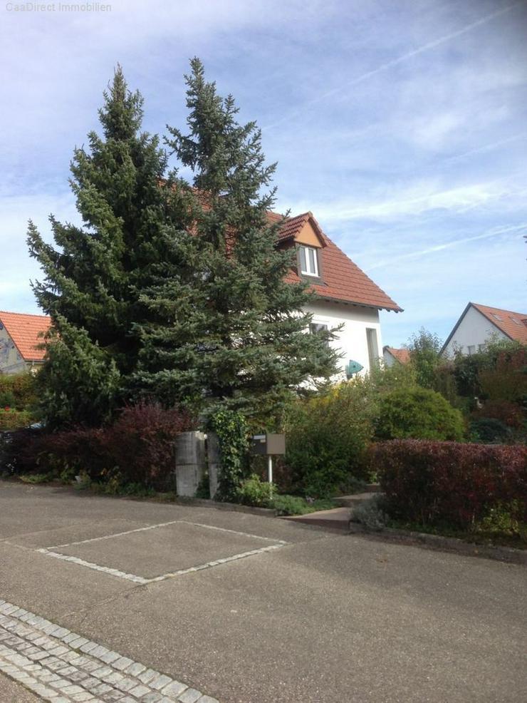 Modernes EFH mit grosszügigem Garten und Pool in ruhiger Lage - Haus kaufen - Bild 1