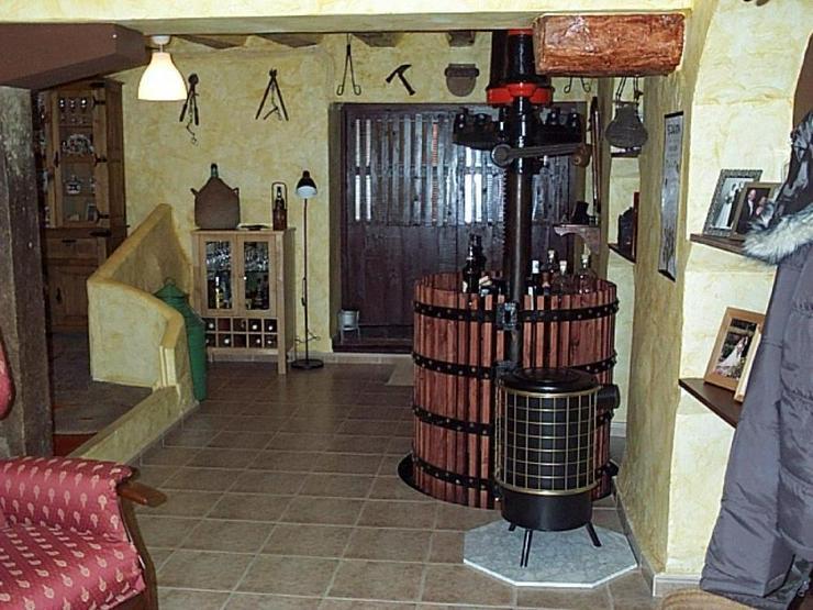 Bild 1: Charmant renoviertes Dorfhaus