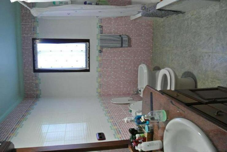 Bild 6: Gepflegte Villa mit Pool