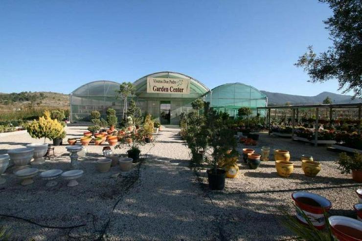 Gartencenter * mit Bauland für Wohnhaus - Gewerbeimmobilie kaufen - Bild 1