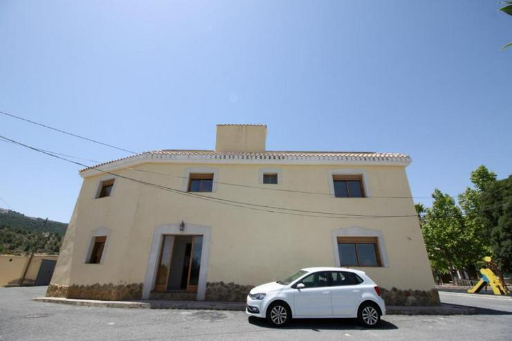 Das Echte Spanien, Dorfhaus mit 2 Dachterrassen - Haus kaufen - Bild 1