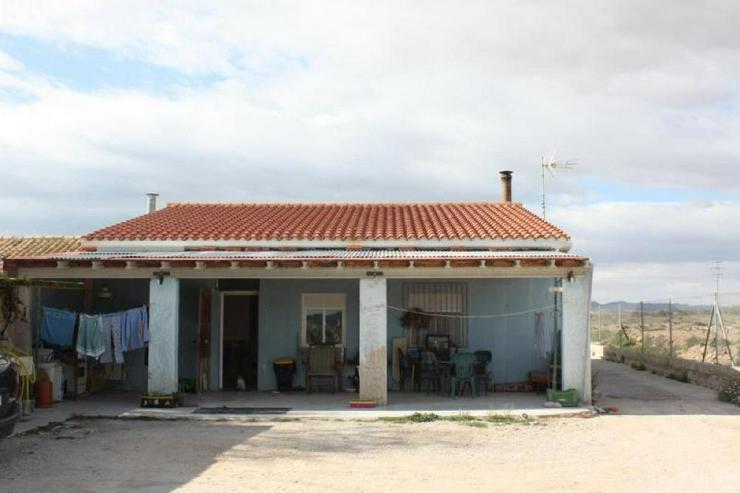 Bild 3: Hübsches Landhaus