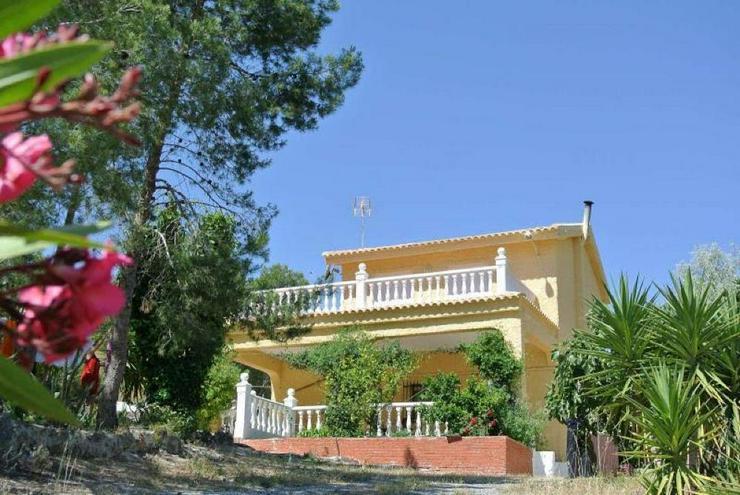 Schönes Landhaus in exclusiver Lage - Haus kaufen - Bild 1