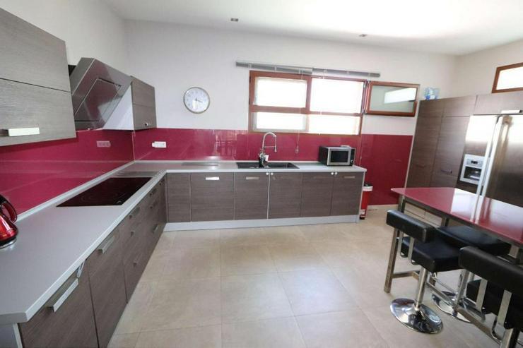 Bild 6: Moderne Villa * Hier wurde an nichts gespart