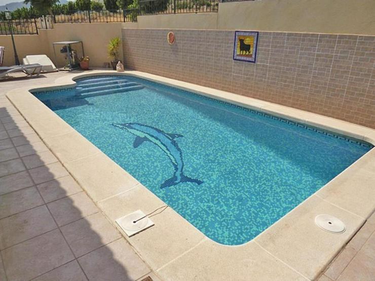 Bild 7: Gemütliche Villa mit Pool