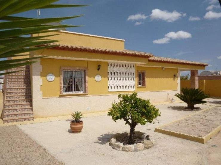 Schöne Villa in Fortuna - Haus kaufen - Bild 1