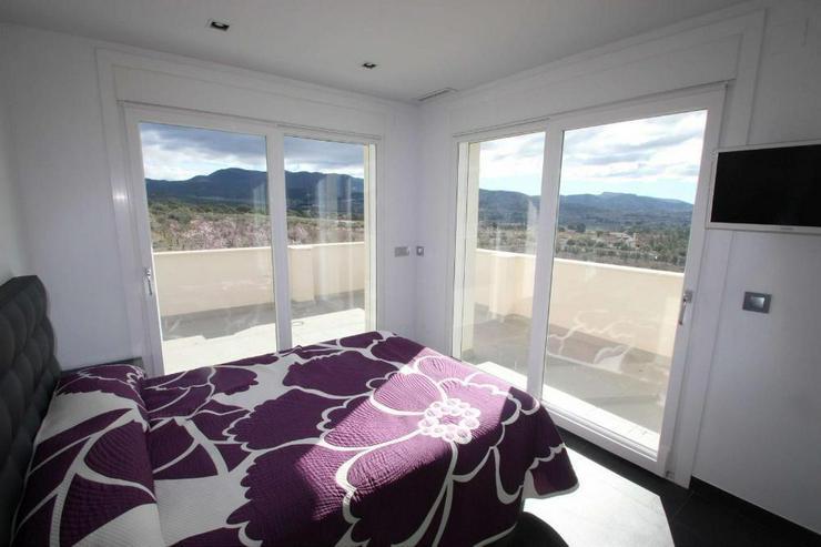 Bild 5: Luxus Villa