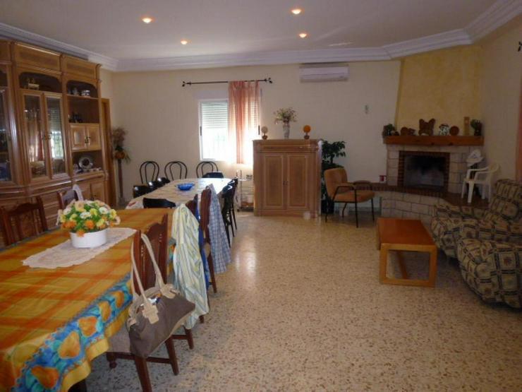 Bild 4: Landhaus mit herrlichem Ausblick