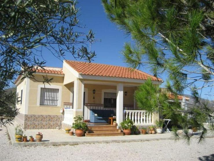 Gemütliches Landhaus - Haus kaufen - Bild 1