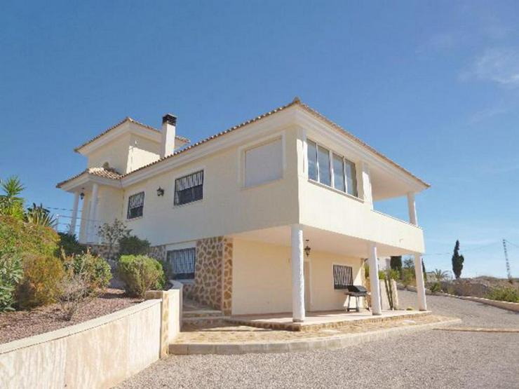 Bild 3: Super Villa mit zwei Wohneinheiten