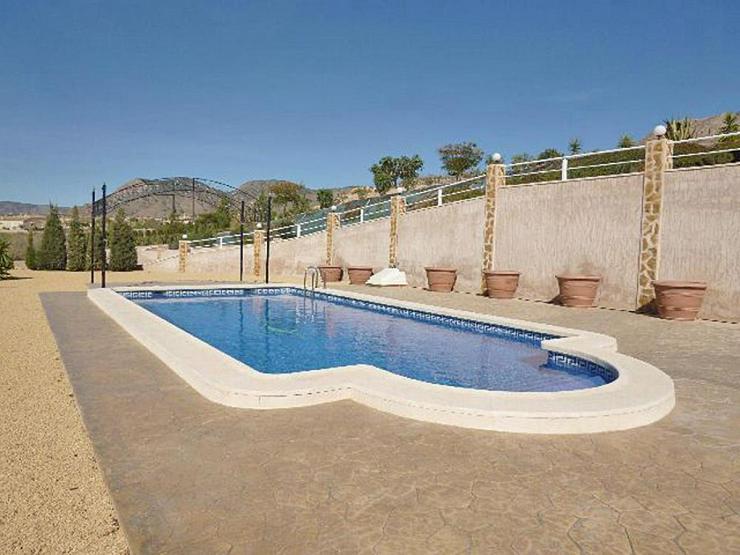 Bild 5: Super Villa mit zwei Wohneinheiten