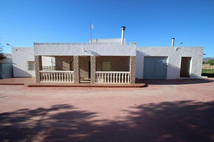 Landhaus in Yecla * Mietkauf auf 24 Monate möglich* - Haus kaufen - Bild 1