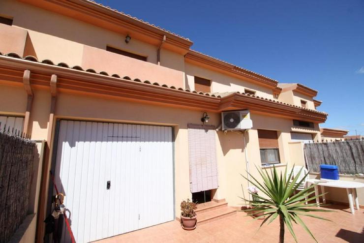 Tolles Stadthaus in Pinoso - Haus kaufen - Bild 1