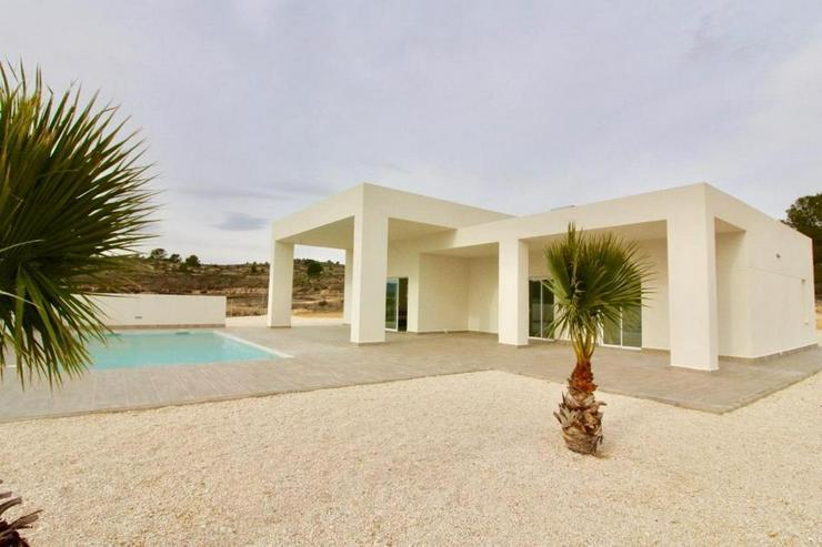 Neubau Villa * Bauplatz Auswahl* - Haus kaufen - Bild 1