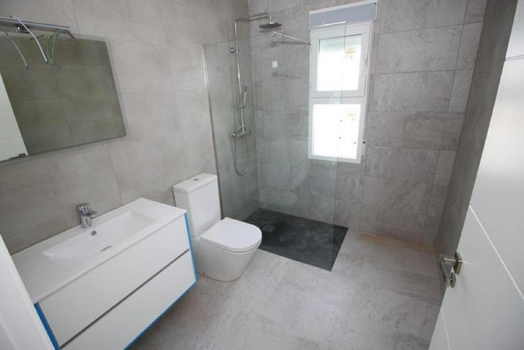 Bild 5: Neubau Villa * Bauplatz Auswahl*