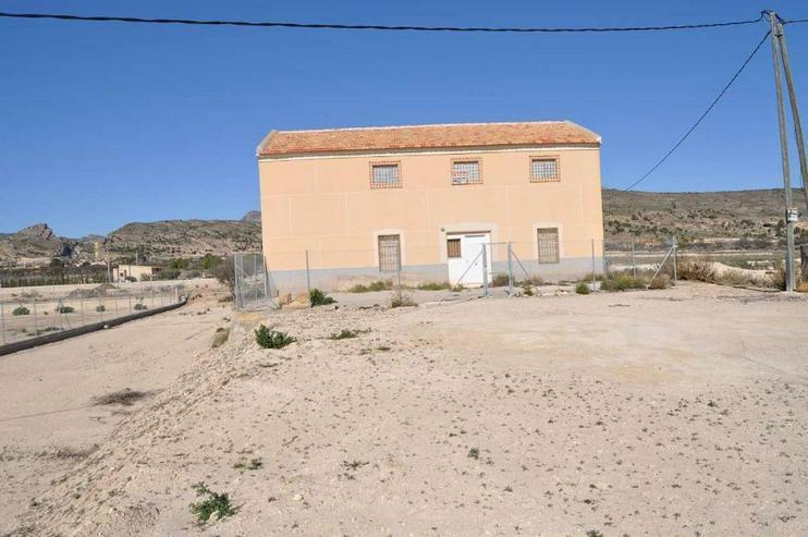 Bild 2: Bringen Sie Leben in dieses große Haus