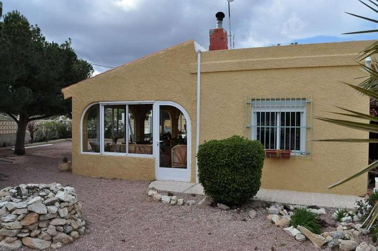 Bild 3: Landhaus mit Charme