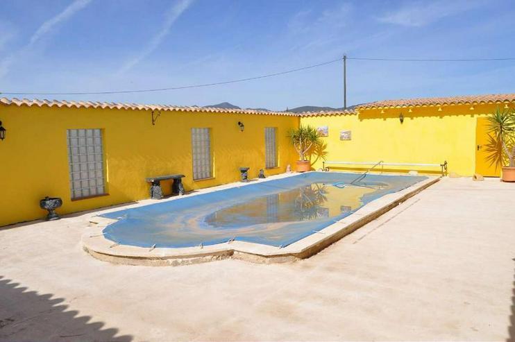 Bild 3: Casa Largo * Teilweise renoviert