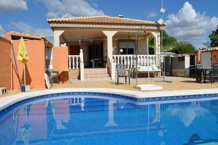 Casa de Campo mit Pool - Haus kaufen - Bild 1