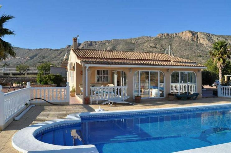 Bild 2: Casa de Campo mit Pool