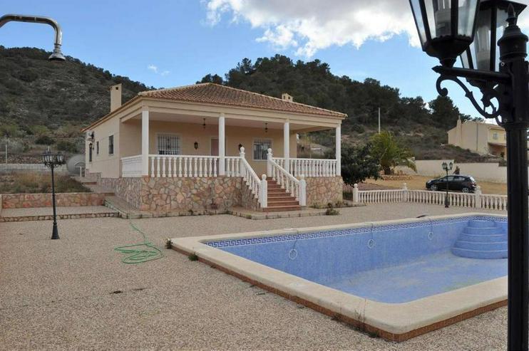Bild 3: Landhaus