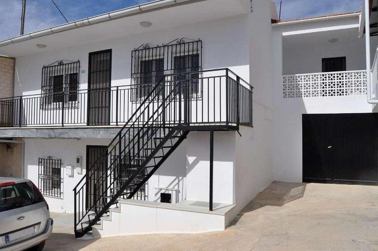 Bild 3: 1 Haus mit 2 Apartments * Feriennutzung oder ganzjährig Leben