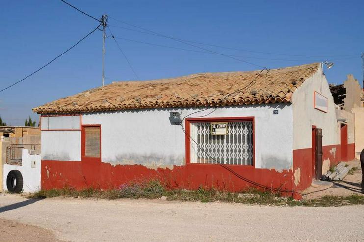 Bild 2: Drei Häuser in einem