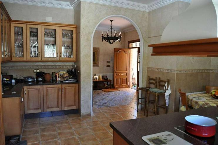 Bild 5: Grandioses Landhaus