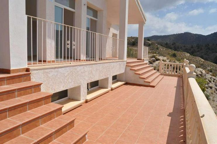 Bild 4: Imposante Neubau Villa mit mega Ausblick
