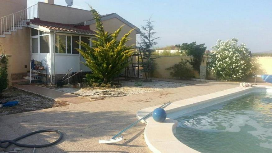 Bild 3: Klasse Villa mit Salzwasser-Pool