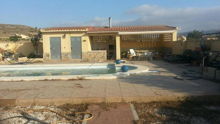 Bild 4: Klasse Villa mit Salzwasser-Pool