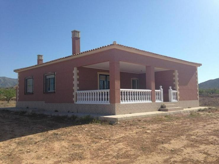 Villa zu Superpreis - Haus kaufen - Bild 1