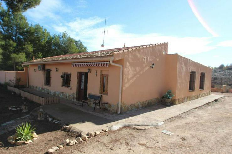 Hier lässt es sich leben* Landhaus mit Flair - Haus kaufen - Bild 1